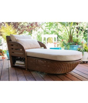 Captains Chaise Frame Color - Ginger Cushion Color - Cream Jarrett Bay Collection