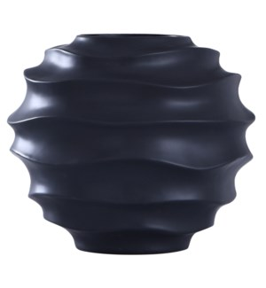 ERIS VASE | Matte Black Finish on Ceramic