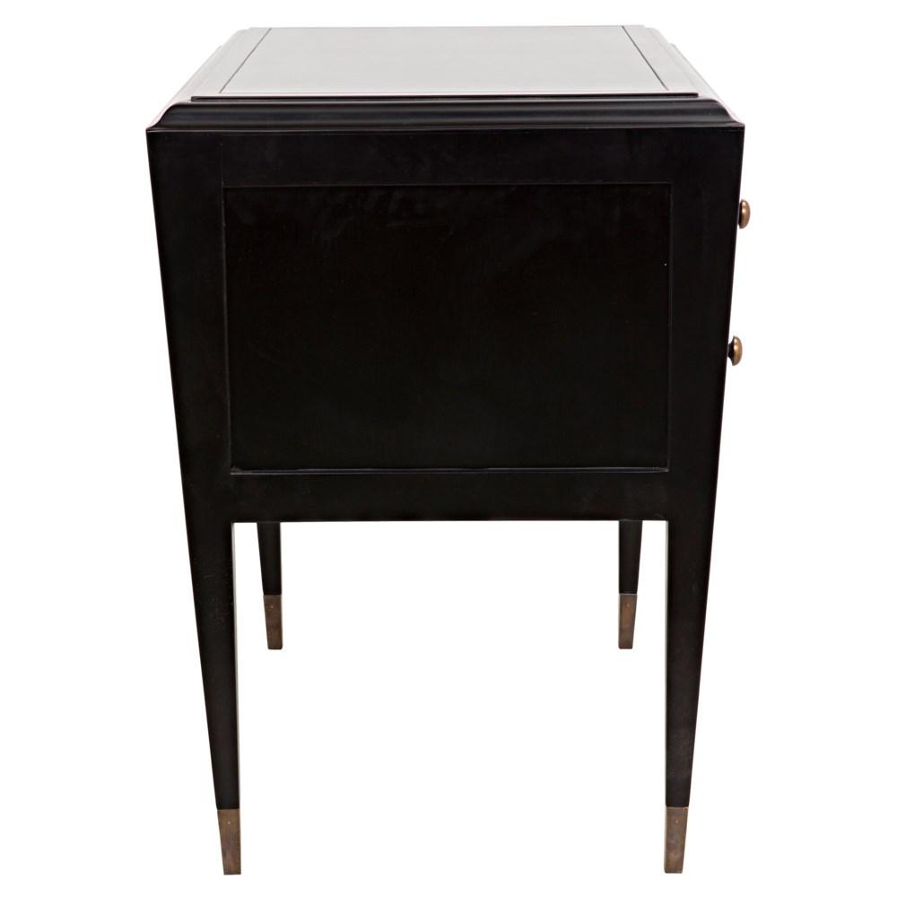 Grant Dresser, Charcoal Finish
