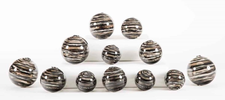 Set of 12 Spheres in Bohemian Black Finish