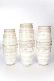 Large Ribbed Floor Vase in Oyster Finish