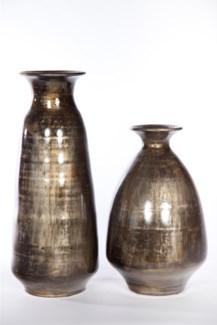 Large vase in Iron Ore Finish