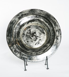 Bowl in Coal with Stand
