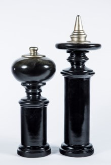 Small Finial in Black Pearl Finish