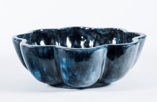 Terracotta Bowl in Bauhaus Black Finish