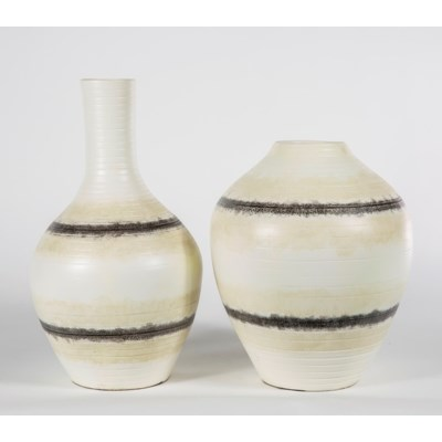 Small Table Vase In Calico Rock Finish Vases Prima Design Source