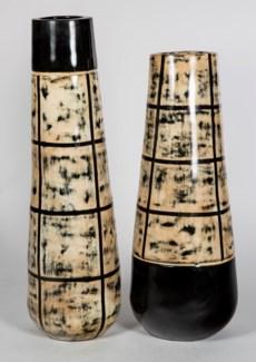 Medium Vase in Castle Wall Finish