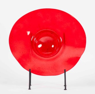 Large Charger with Stand in Poppy Fields Finish