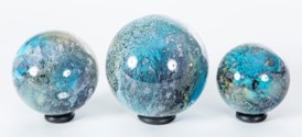 Set of 3 Glass Balls on Iron Ring Stands in Spice Garden Finish