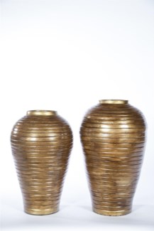 Large Ribbed Vase in Saffron Finish