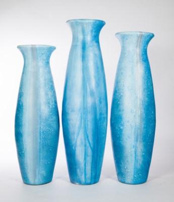 Large Floor Vase in Sprinkle Finish