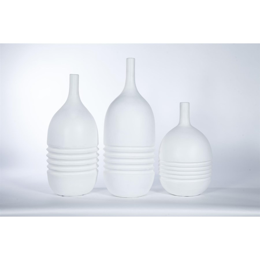 Large Ribbed Table Vase in Bianca Finish