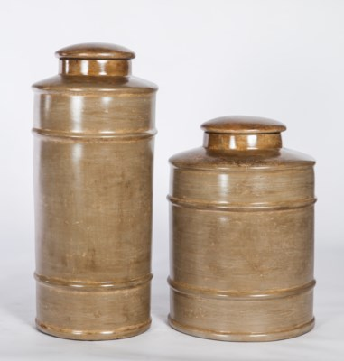 Large Tea Canister in Woodlawn