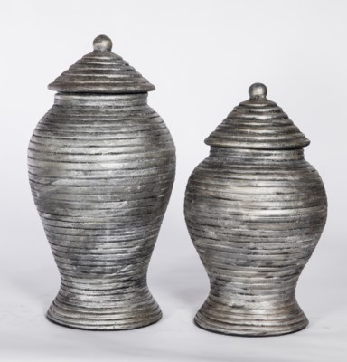 Large Grooved Tea Jar with Lid in Silver Cast