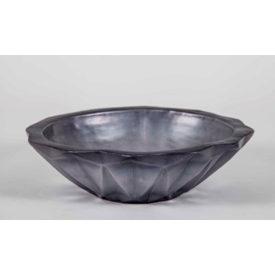Chiseled Bowl in Early Frost Finish