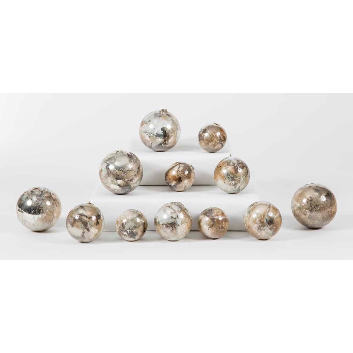 Set of 12 Spheres in Monarch Finish