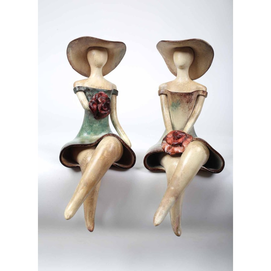 Set of 2 Ladies w/Hats