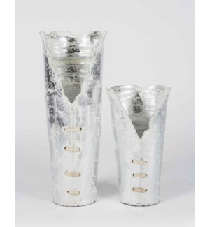Set of 2 Ribbon Vases in Tundra Frost Finish