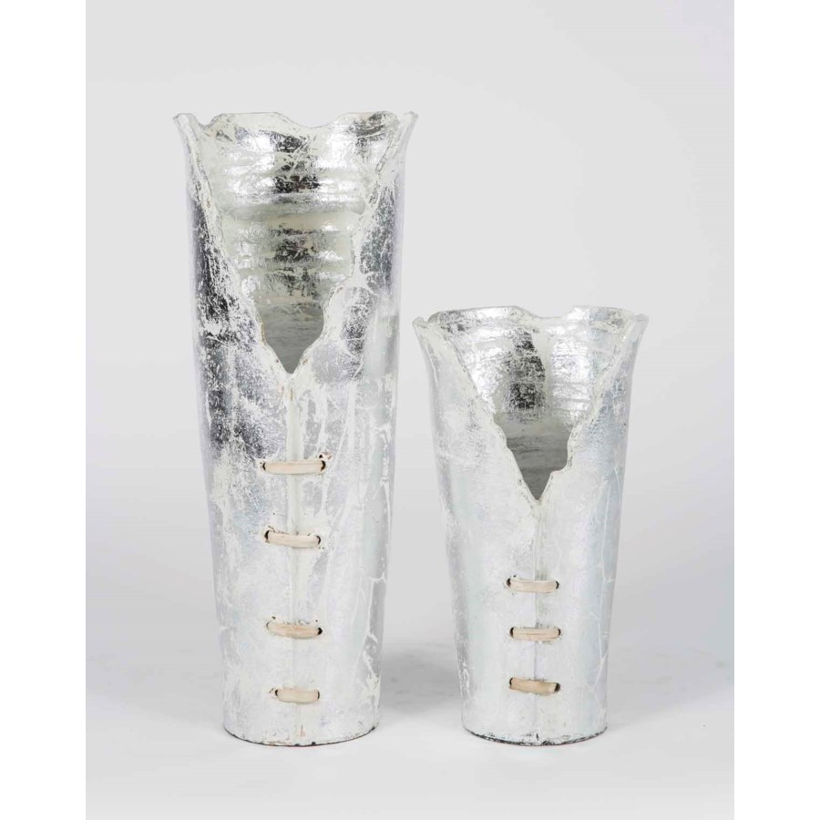 Set of 2 Ribbon Vases in Tundra Frost Finish