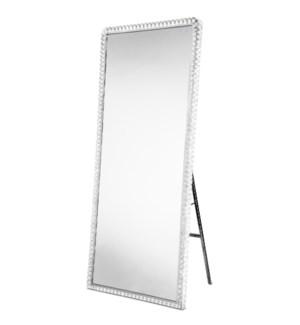 Marilyn Illuminated Leaner Mirror Chrome