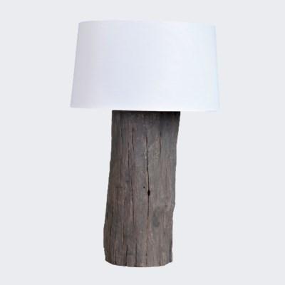 Finn Table Lamp (18x16x28.5)