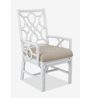 (LS) Megan Chippendale white rattan arm chair cream taupe cushion..(22.5X25X38.5)