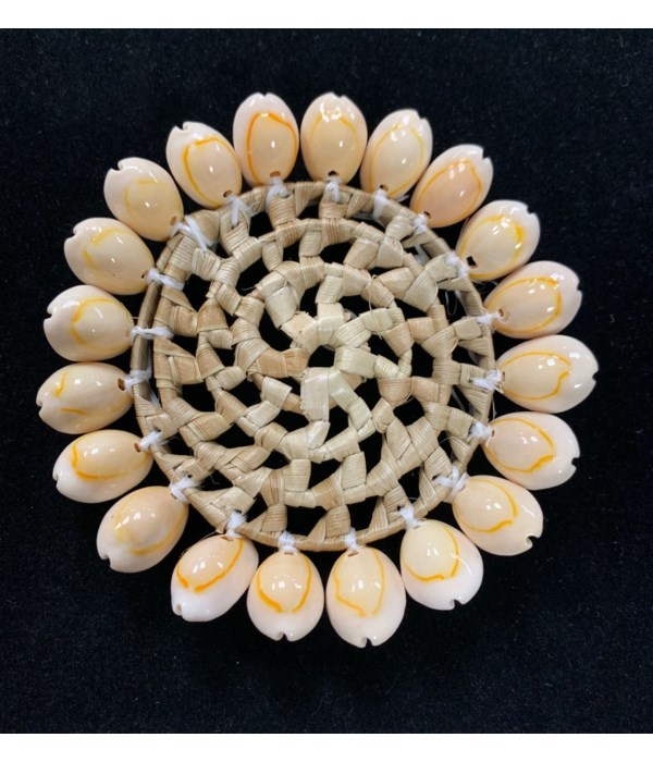 """4"""" COWRIE EDGE PLACEMAT"""
