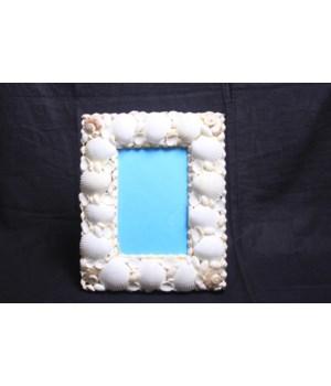 PICTURE FRAME - WHITE SCALLOP