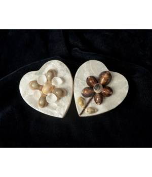 "4"" CAPIZ HEART BOX"