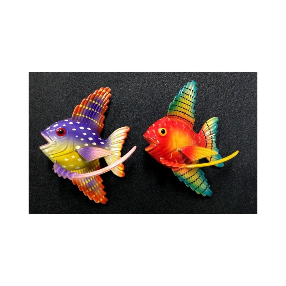 FISH SPRING MAGNET
