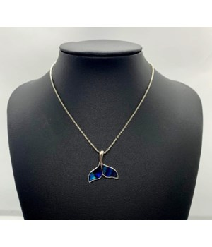 BOLO WHALE TAIL NECKLACE