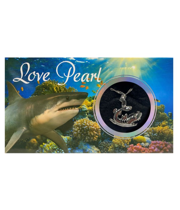 SHARK LOVE PEARL NECKLACE