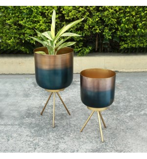 Burnt Finish Planter Holders with Stands, Set of 2