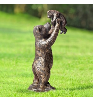 Unbearably Cute Garden Sculpture