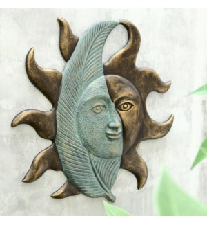 Leaf and Sunface Wall Hanging