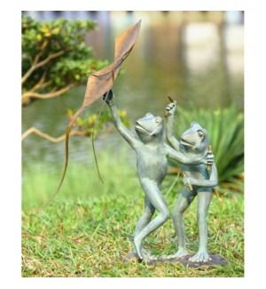Frog Kite Flyers Garden Sculpture