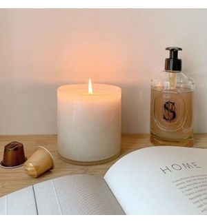 15.5oz Celery Thyme Signature Candle - Dining Room
