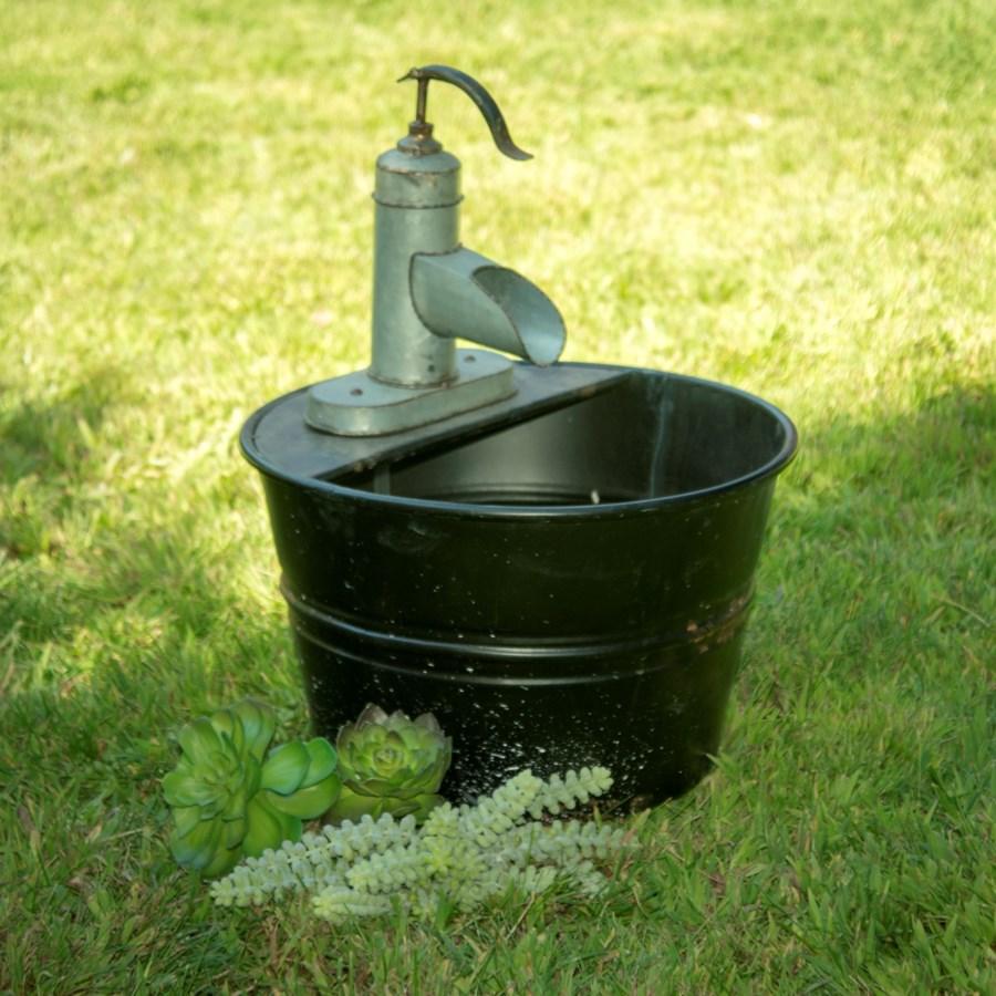 MTL. WATER PUMP FEATURE (1/cs)