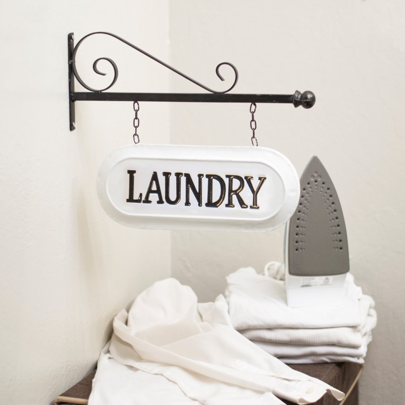 "MTL. SIGN ""LAUNDRY"""