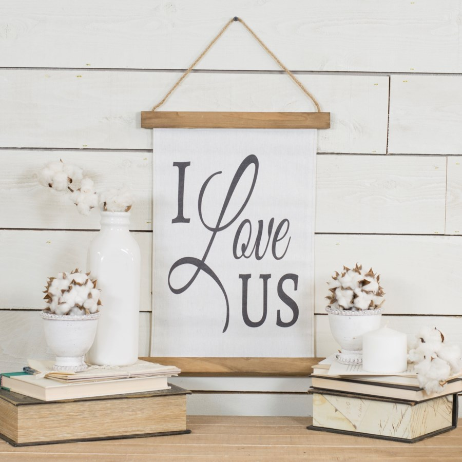 "|HANGING BANNER ""I LOVE US"" (24/cs)