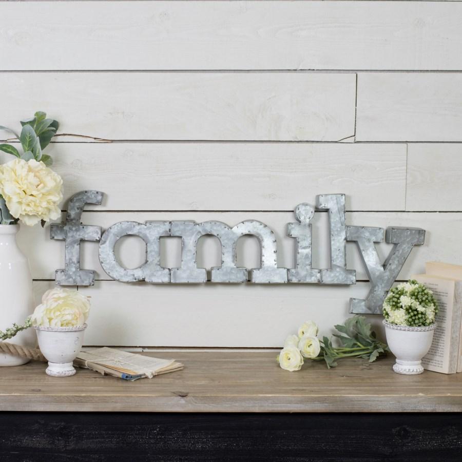 "MTL. WALL WORDS ""FAMILY"" (8/cs)"