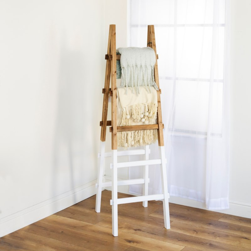 WD. DECORATIVE LADDER