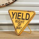 |MTL. STANDING YIELD SIGN|