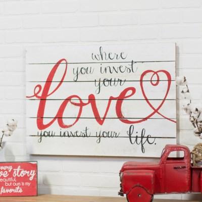 " WD. SIGN ""INVEST LOVE"" (8/cs) "