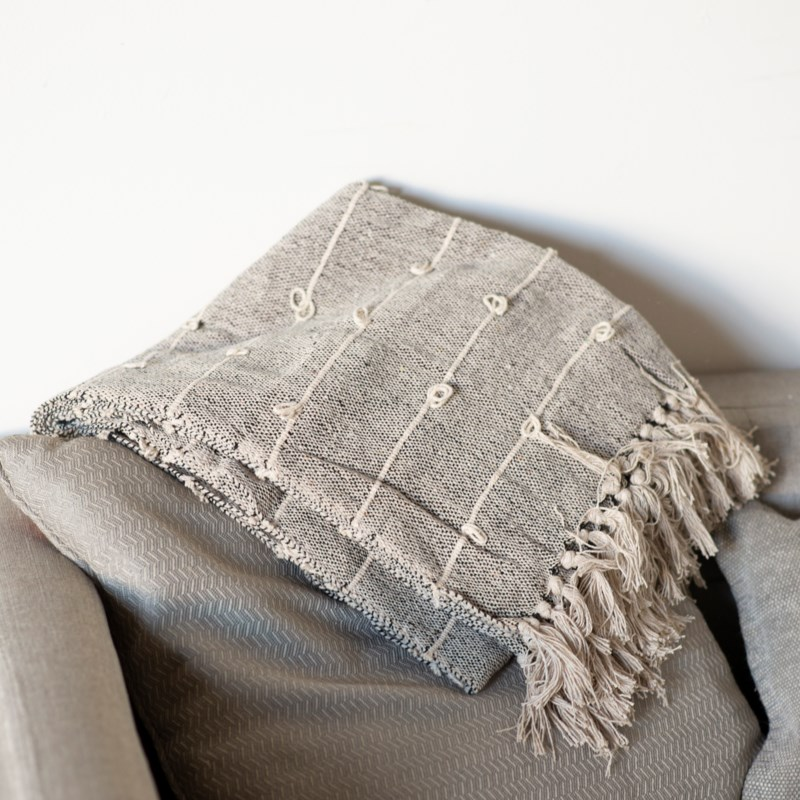 COTTON THROW GREY