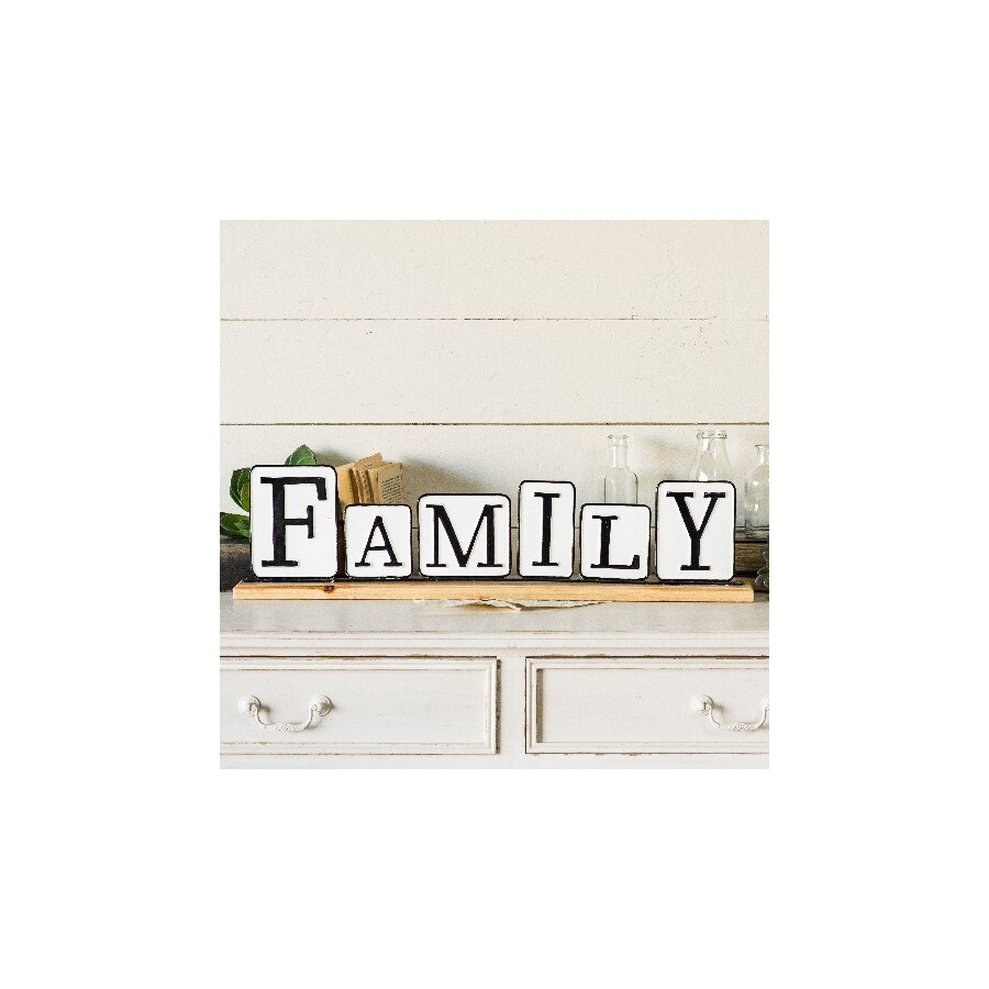 """MTL./WD. SIGN """"FAMILY"""""""
