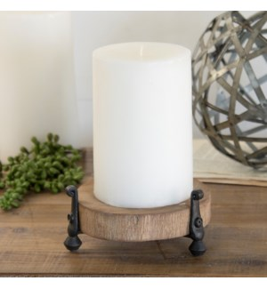 WD. CANDLE HOLDER