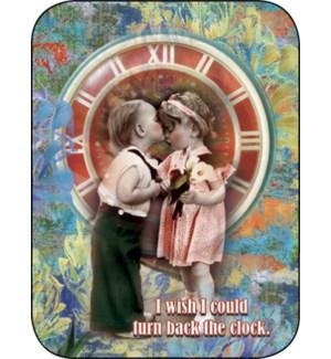 AN/Little kids kissing, clock