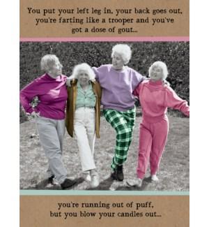 BD/Elderly people line dancing