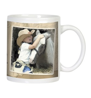 MUG/Young cowgirl hugging
